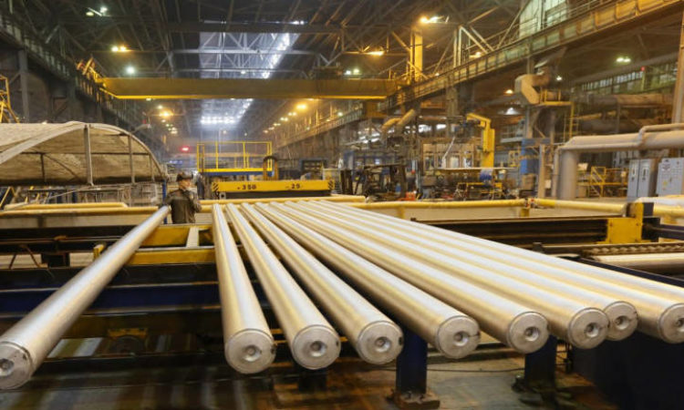 Auto, Aerospace Demand for Aluminum Favors Hindalco Bid